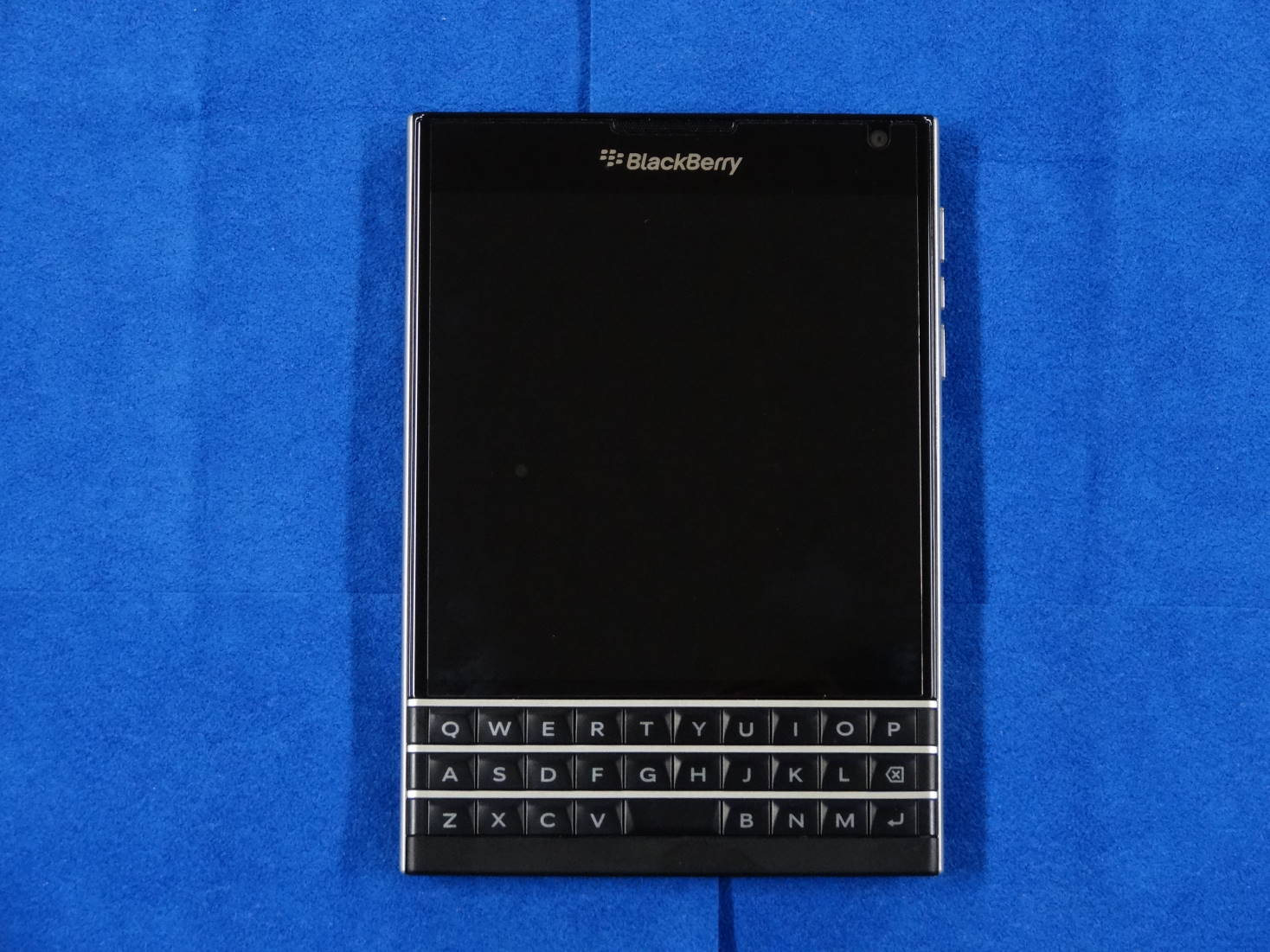 BlackBerry Passport SQW100