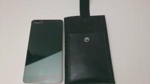 [Optimus_Report] Optimus G Pro(L-04E) を Charbonize レザー & フェルト ウォレットタイプケース for Android(Large) に入れてみる。