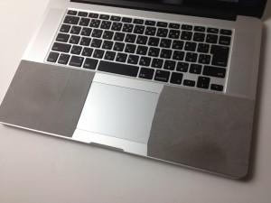 MacBook Pro(retina)にリストラグを貼る!