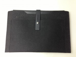 "Charbonize レザー & フェルト ケース for MacBook Pro 15""(Retina Display) を試す!!!"