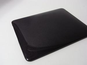 moncarbone製iPhone 4/iPad用 カーボンカバー発売開始!
