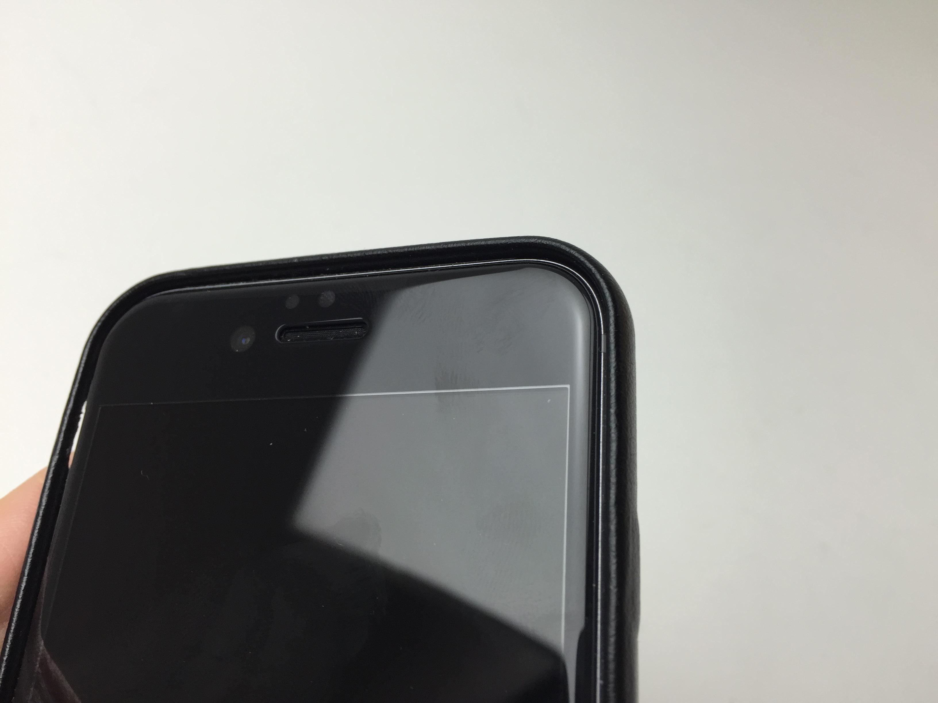 ドラゴントレイルを採用したガラス保護シート OverLay Glass for iPhone 6とケースの組み合わせ